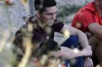 GRA304. MAJADAHONDA (MADRID), 27/08/2015.- El centrocampista argentino Matías Kranevitter, que llegó ayer a Madrid para cerrar su fichaje por el Atlético, sigue la sesión de entrenamiento del club rojiblanco hoy en las instalaciones del Cerro del Espino, en Majadahonda. EFE/Zipi
